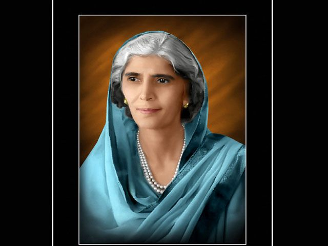 Mohtarma Fatima Jinnah remembered on 54th death anniversary