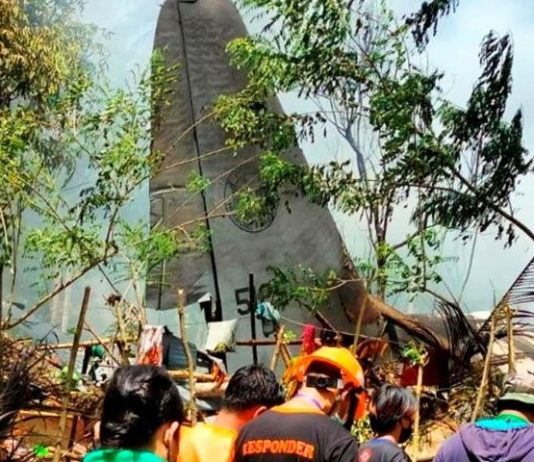 45 die in Manila military plane crash